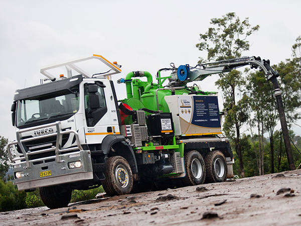 Hulking Iveco Trakkers bring efficiency to Aussie Hydrovac
