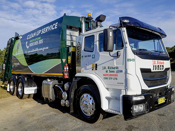 Waste disposal specialists invest in Iveco ACCO